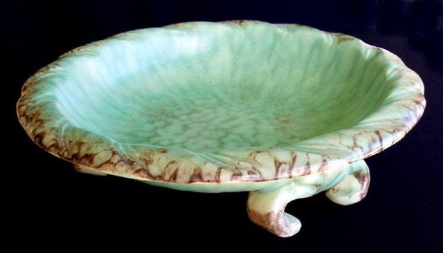 CZECH ART POTTERY D. URBACH BOWL 1930's