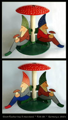ANTIQUE GERMAN FOLK ART X-MAS GNOMES TREE STAND