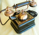 ANTIQUE ROTARY TELEPHONE MS43