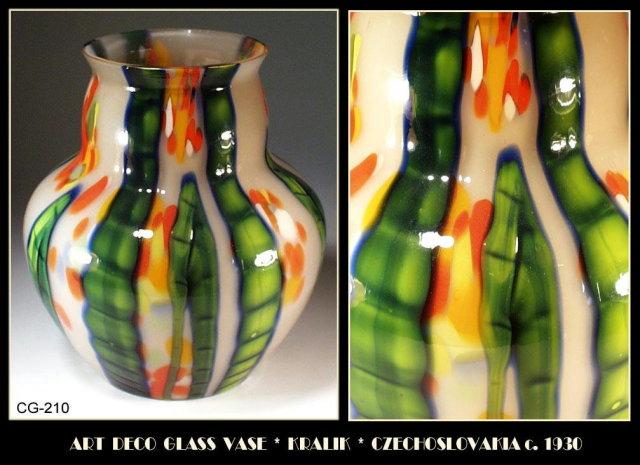 CZECH c.1930 ART DECO GLASS VASE KRALIK