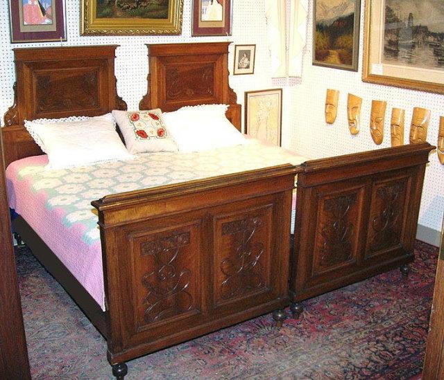 ART NOUVEAU CARVED WALNUT BEDS (PAIR) AUSTRIA c.1900