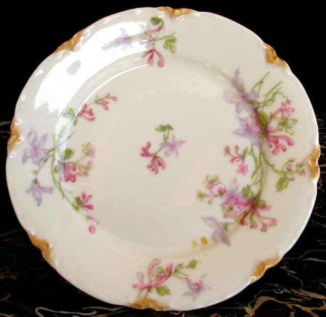 HAVILAND LIMOGES ANTIQUE PLATE 6-1/4