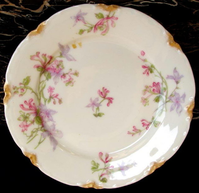 HAVILAND LIMOGES ANTIQUE PLATE 7-1/2