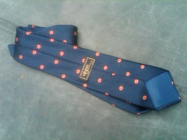 HALLOWEEN JACK O LANTERN CARVED PUMPKIN PATTERN NECKTIE MAN TIE STAMFORD CONNECTICUT DESIGNER LABEL