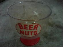 BEER NUTS AMERICAS FAVORITE CONDIMENT TUB PLASTIC BUCKET BAR LOUNGE UTENSIL PARTY TOOL