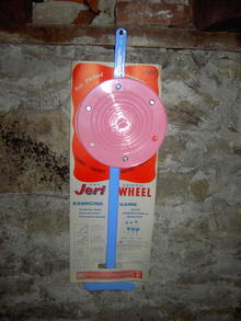 jeri wheel exercise game marlex phillips 66 pink blue plastic toy childrens coodination activity 1959 date