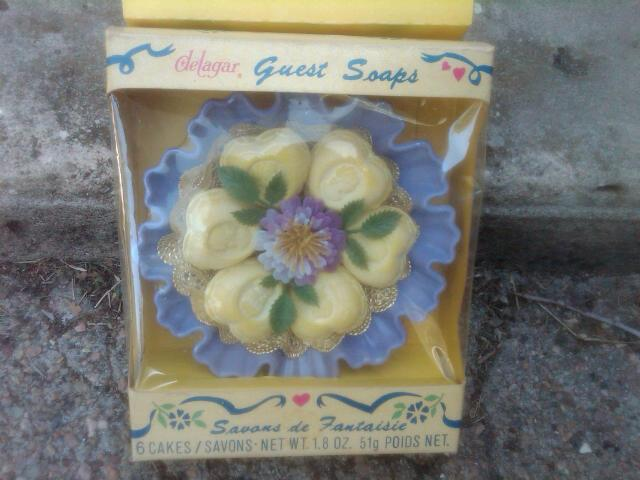 DELAGAR DAINTY GUEST SOAP SAVANS DE FANTAISIE 1960'S BATHROOM BEDROOM TOILETRY ORNAMENT