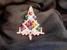EISENBERG CHRISTMAS TREE PIN COLORFUL RHINESTONE BROOCH HOLIDAY JEWELRY