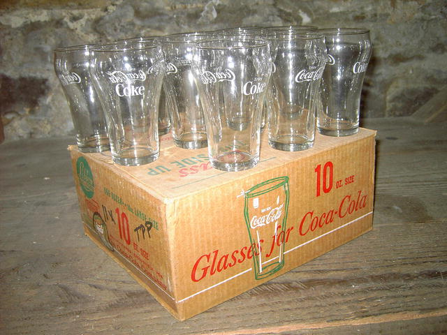 COKE FOUNTAIN GLASS COCA COLA BELL SHAPED TUMBLER SET ORIGINAL BOX