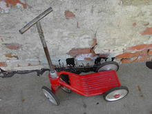 CHILDS ROLLER SCOOTER