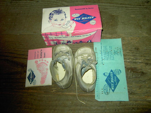 TODDLER CHILDS BABY SHOES ORIGINAL BOX MORAN COMPANY