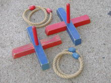 RING TOSS ROPE HOOP WOODEN CHILDRENS GAME
