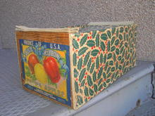 YAKIMA WASHINGTON APPLE CRATE SHIPPING BOX BLUE RIBBON BRAND