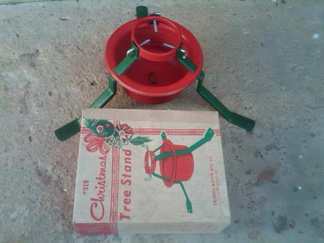 STEEL CHRISTMAS TREE STAND CRUNDEN MARTIN ST LOUIS MISSOURI ORIGINAL CARDBOARD BOX