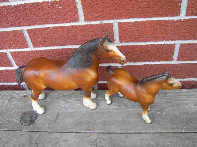 BREYER CLYDESDALE HORSE STATUE FIGURINE