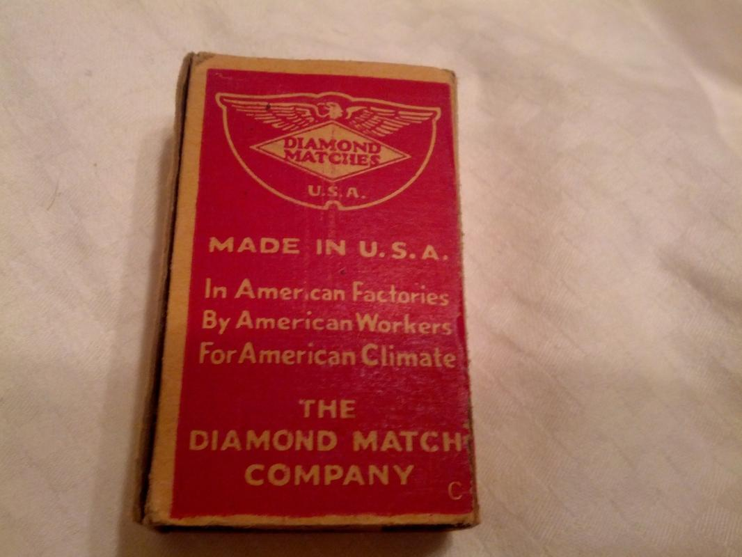Peerless Diamond Matches Cardboard Matchbox USA American Made Household Good