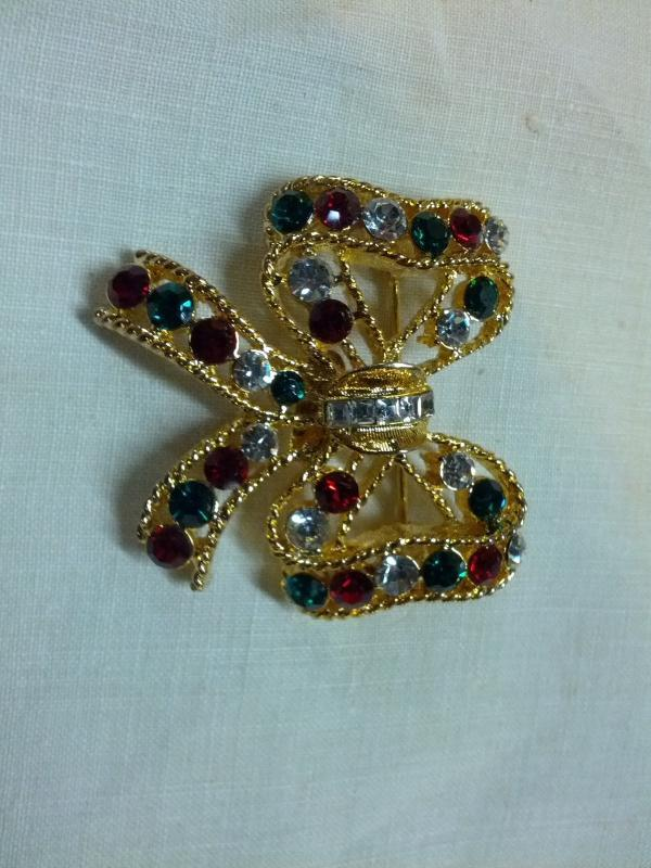 EISENBERG ICE CHRISTMAS BOW TIE LAPEL PIN COLORFUL RHINESTONE BROOCH