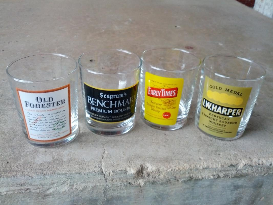 louisville kentucky whiskey glass bar tumbler set