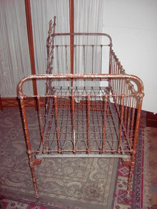 CAST IRON DAYBED LOVESEAT SETTEE COUCH