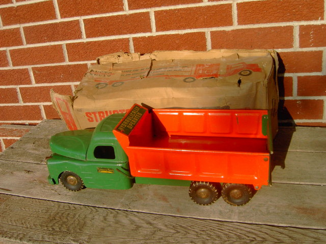 STRUCTO DUMP TRUCK WITH ORIGINAL BOX