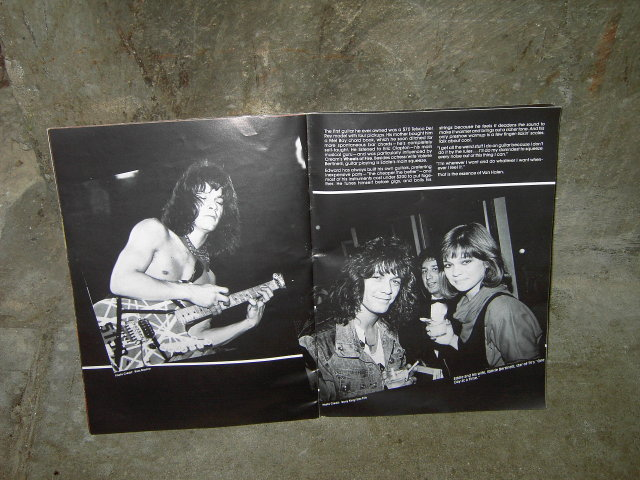 VAN HALEN ROCK ROLL HEAVY METAL BOOK CONCERT PHOTO BOOKLET