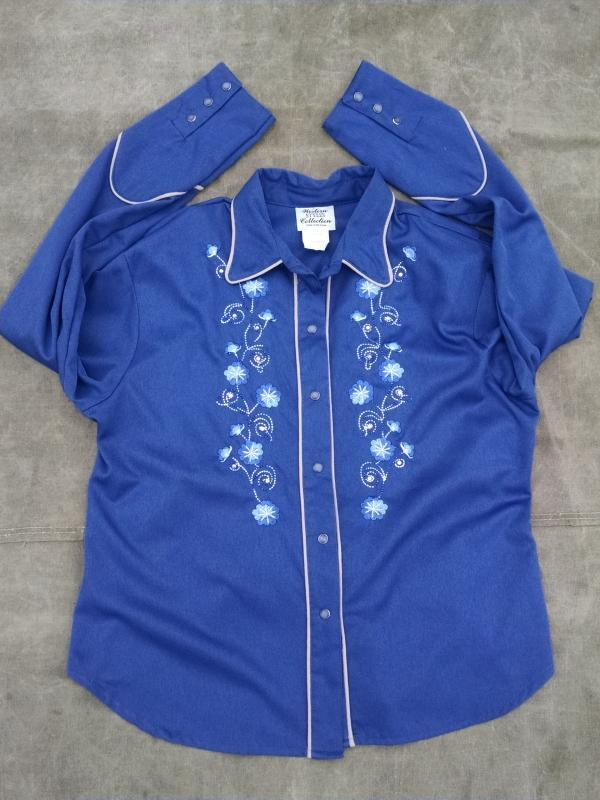 western collection cowgirl ladies shirt rhinestone floral flower pearly look buttons crinkled rayon blue blouse USA manufactured retro garment