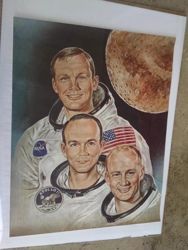 Apollo 11 Astronaut paper poster print school classroom wall decoration united states space travel collectible Sanger artist mark A Fox litho usa 1969 date