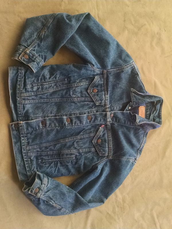 Levi Strauss Denim Jean Jacket Cotton Flannel Lined Light Weight Coat Size Medium Ladies Fashion Garment Apparel