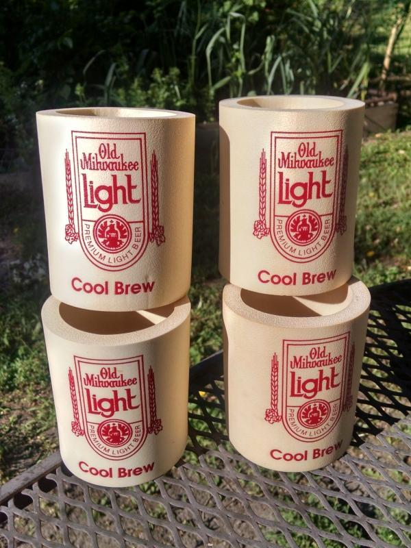 OLD MILWAUKEE LIGHT BEER KOOZIE DRINK CAN COASTER SLEEVE INSULATED BEVERAGE COOLER