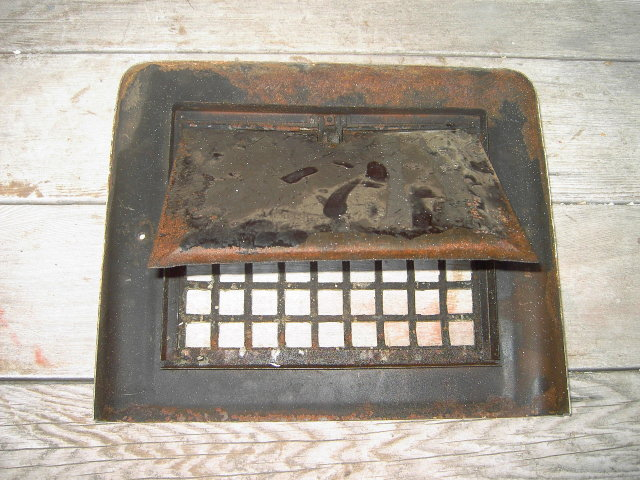 HEATER FURNACE REGISTER DOOR GRATE AIR VENTILATION HOLE COVER SHAFT FIXTURE