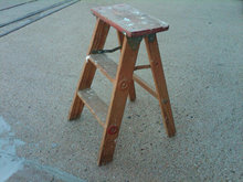 PAINTED WOOD STEP LADDER FOLDING GARDEN STAND SHOP STEPLADDER BENCH