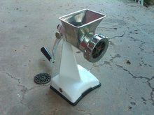 RETRO MEAT GRINDER FOOD PROCESSOR UTENSIL HAND CRANK TOOL