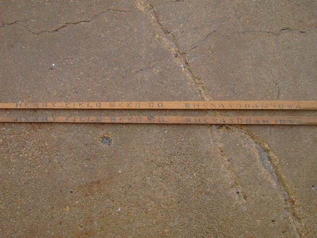 HENRY FIELD SEED COMPANY SHENANDOAH IOWA GRAIN STICK DEPTH TEST CANE