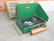 COLEMAN CAMP STOVE MODEL 425 GAS BURNER CAMPING ACCESSORY OUTDOOR SPORTS EQUIPMENT