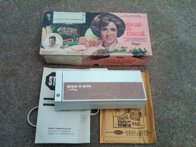 DAZEY SEAL A MEAL SMALL APPLIANCE FOOD SAVING GADGET RETRO ELECTRIC UTENSIL TOOL KANSAS CITY MISSOURI ORIGINAL CARDBOARD BOX