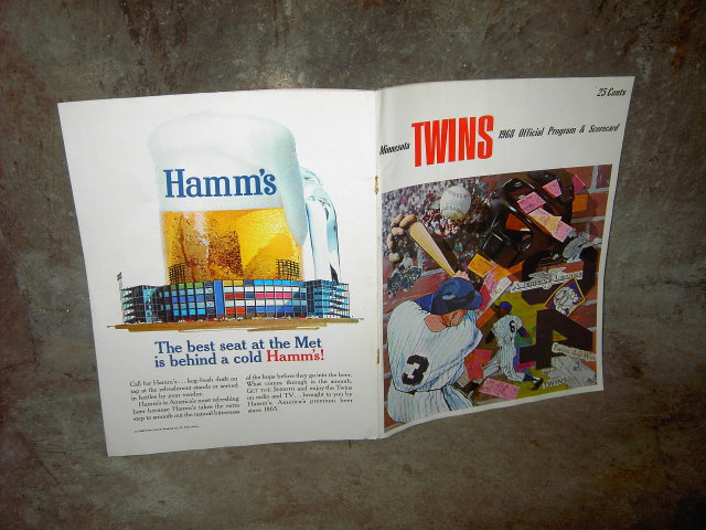 1968 MINNESOTA TWINS BASEBALL CLUB OFFICIAL GAME PROGRAM SCORECARD