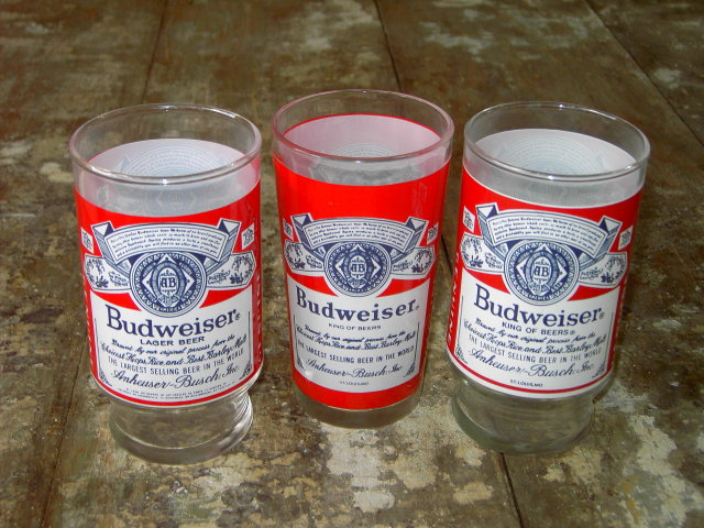 BUDWEISER BEER GLASS BAR TUMBLER