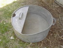 GALVANIZED POUR BUCKET SPOUTED GARDEN TUB WITH HANDLE GRIP