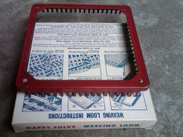 HAPPY FOLKS BRAIDING CROCHETING HOOKING WEAVING LOOM STEEL TOOL PYRAMID MILLS BESSEMER CITY NORTH CAROLINA ORIGINAL BOX