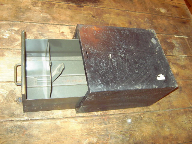 METAL DRAWER FILE BOX ART STEEL NEW YORK HANDLE