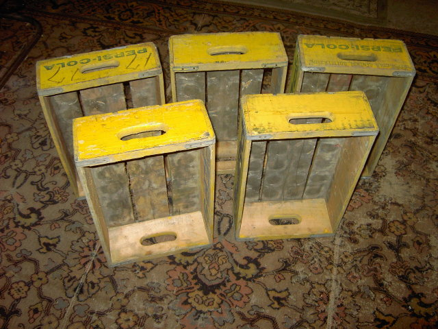 PEPSI COLA CRATE BOX SOFT DRINK BOTTLE TOTE CASE BLUE YELLOW PAINT ADVERTISING