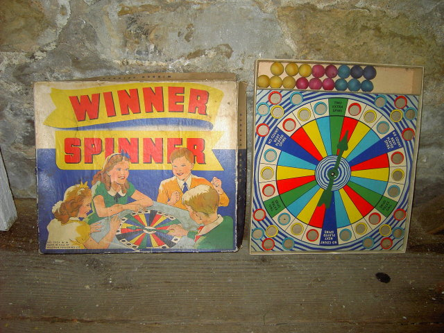 WINNER SPINNER CHILDRENS BOARD GAME WHITMAN PUBLISHING COMPANY RACINE WISCONSIN POUGHKEEPSIE NEW YORK
