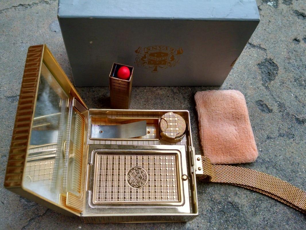 Evans Elegance ladies purse makeup lipstick compact cigarette lighter tobacco carrier fancy evening case original gift box