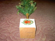 GOOSE FEATHER CHRISTMAS TREE GERMANY MADE HOLIDAY TABLE DECORATION POINSETTIA FLOWER HOLLY BERRY STENCILED WOOD BASE
