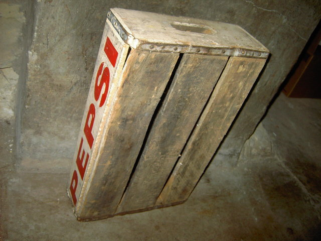 PEPSI COLA CRATE WOODEN BOX SOFT DRINK BEVERAGE BOTTLE TOTE CARRIER CASE FLOUR CITY STURDY BILT MINNEAPOLIS MINNESOTA ADVERTISING