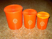 TUPPERWARE STORAGE TUB RETRO ORANGE PLASTIC CANNISTER SET