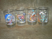 WALT DISNEY WORLD CARTOON GLASS MCDONALDS FAST FOOD TUMBLER SET
