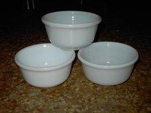 HAZEL ATLAS WHITE GLASS CEREAL SOUP BOWL