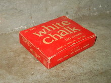 SCHOOL BLACKBOARD CHALKBOARD CHALK BINNEY SMITH NEW YORK RED WHITE BOX
