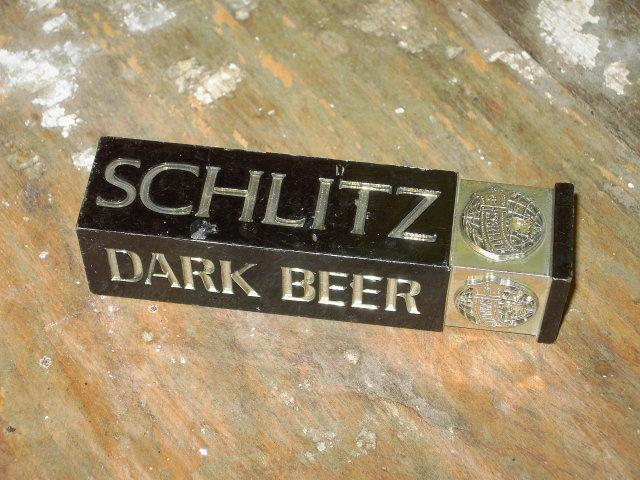 SCHLITZ DARK BEER ADVERTISING KEG TAP HANDLE BAR ACCESSORY